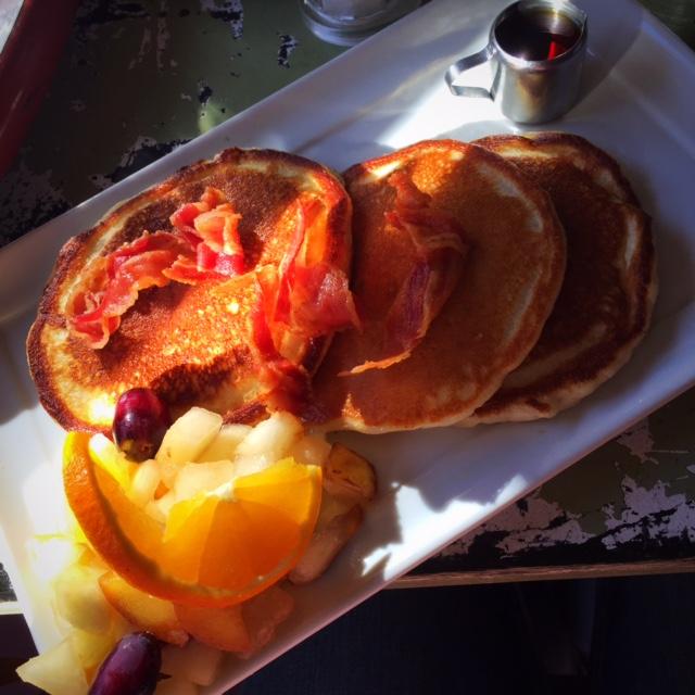 Frühstück bei Herr Pimock