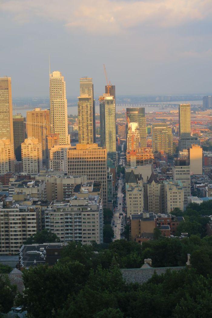 Aussicht auf das moderne Stadtzentrum
